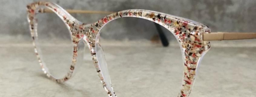 Funk_Sashee Schuster_handgemacht by Optiker Augensache Brille Kontaktlinse Friedberg