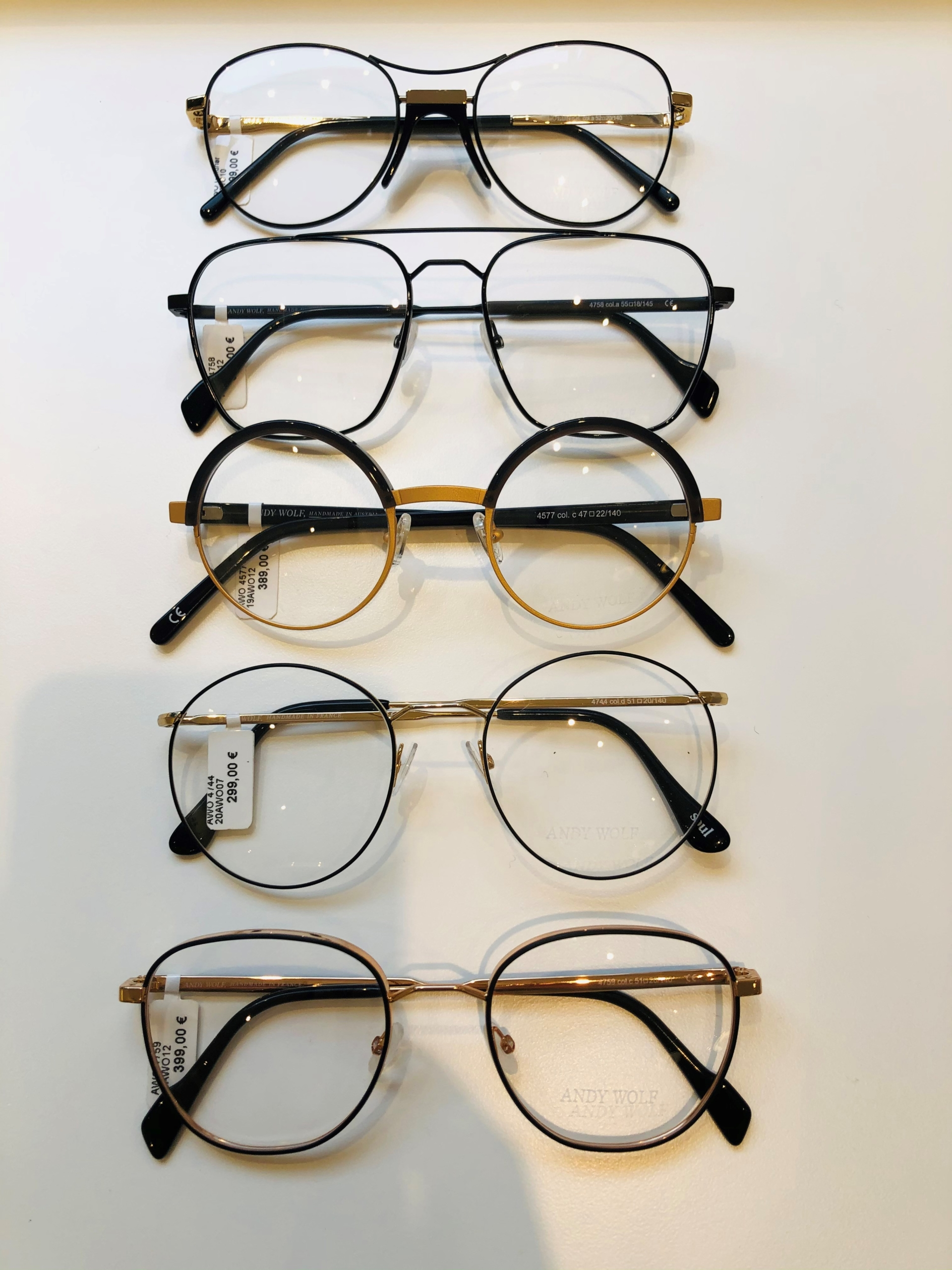 2_Schaufenster online_02122020_Optiker Augensache Brille Kontaktlinse Friedberg_ANDY WOLF_YOUMAWO