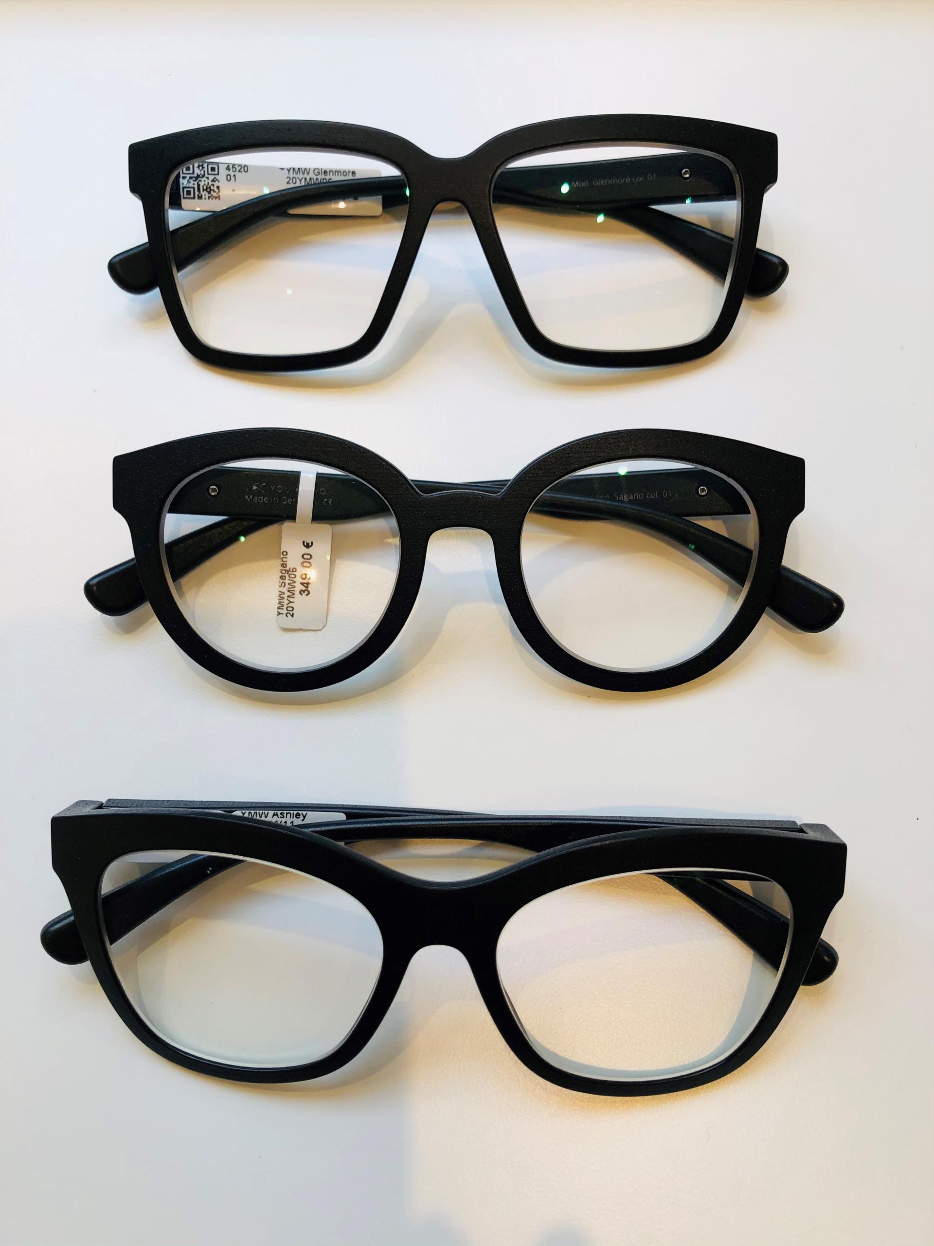 5_Schaufenster online_02122020_Optiker Augensache Brille Kontaktlinse Friedberg_ANDY WOLF_YOUMAWO