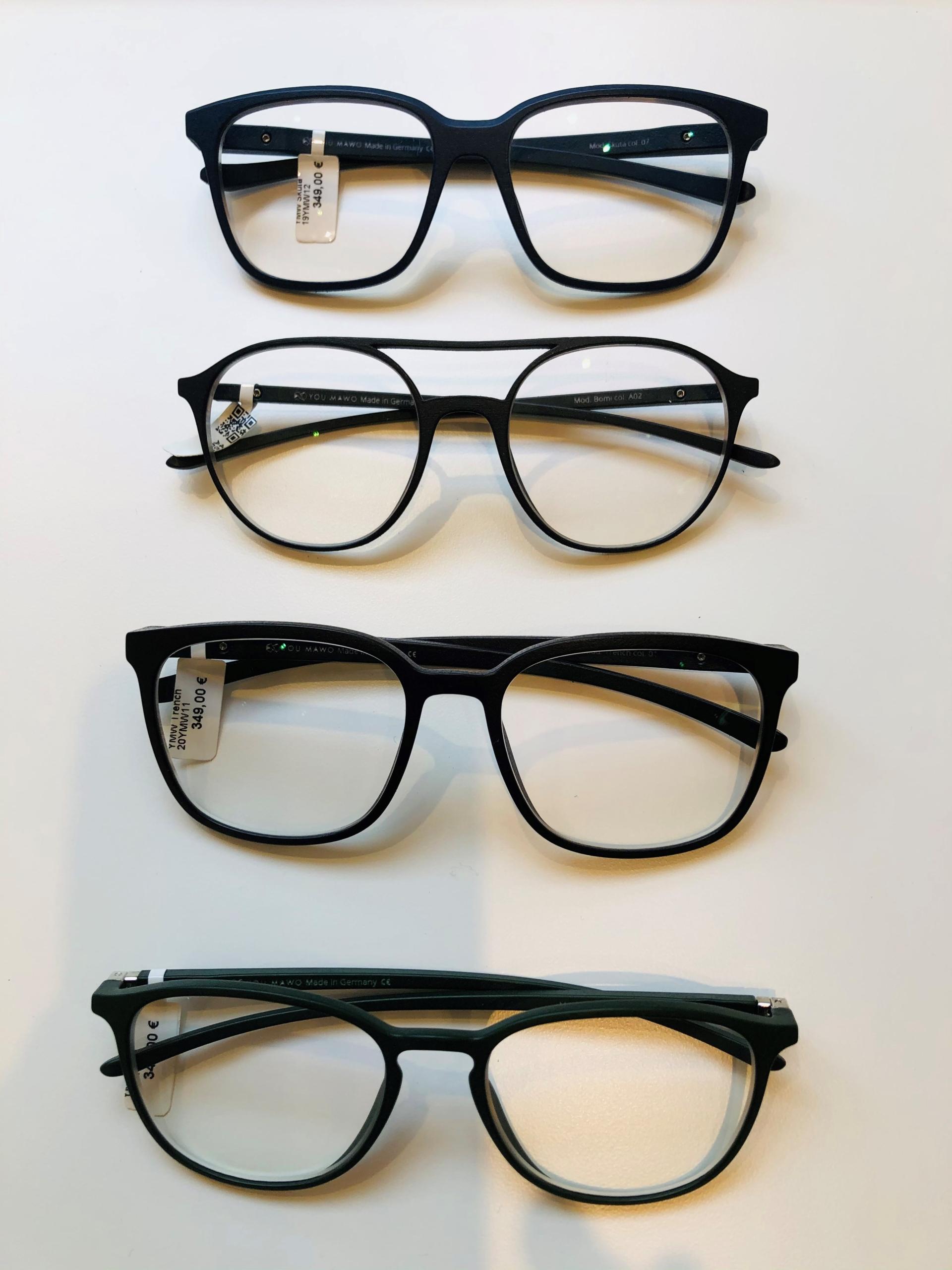 7_Schaufenster online_02122020_Optiker Augensache Brille Kontaktlinse Friedberg_ANDY WOLF_YOUMAWO