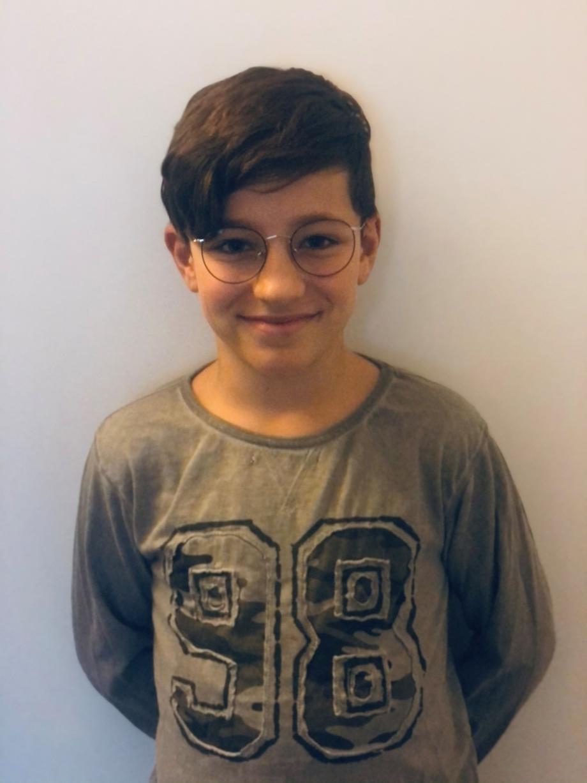 Happy Jakob, happy Augensache_brillenkauf-jugendliche-zwischenwelt by Augensache Optiker Friedberg Brille Kontaktlinse
